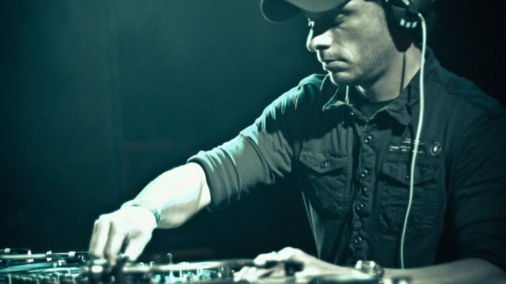 AndyC