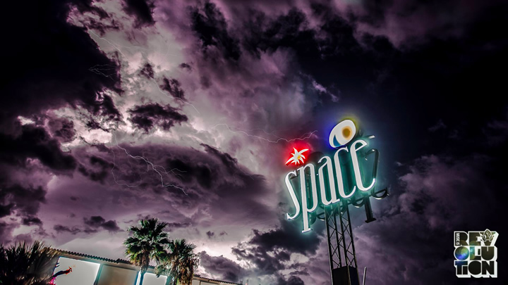 Carl Cox Space