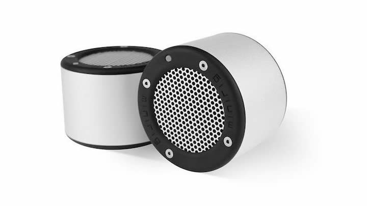 minirig has updated its much loved bluetooth speaker data transmission. Black Bedroom Furniture Sets. Home Design Ideas
